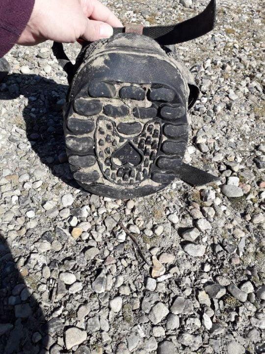 Equine Fusion All Terrain Ultra boots til heste set fra neden med sål og mønster